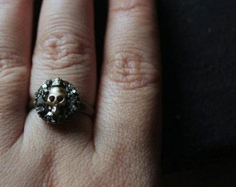 skull ring women,pyrite ring gold,druzy ring,gothic ring,grunge jewelry,grunge rings,halloween jewelry,halloween ring,halloween gifts