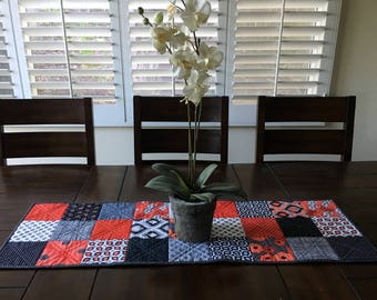 Quilted Table Runner, Black, White and Red Modern Table Runner, Valentine's Day Table Runner, Patchwork Table Runner, Home Decor