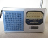 Vintage Small Transistor Radio Panasound R-802