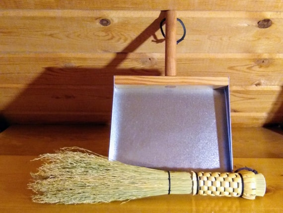 Otter Tail Whisk and Dustpan Set - Cleanup Kit - Old-Fashioned Whisk and Dustpan