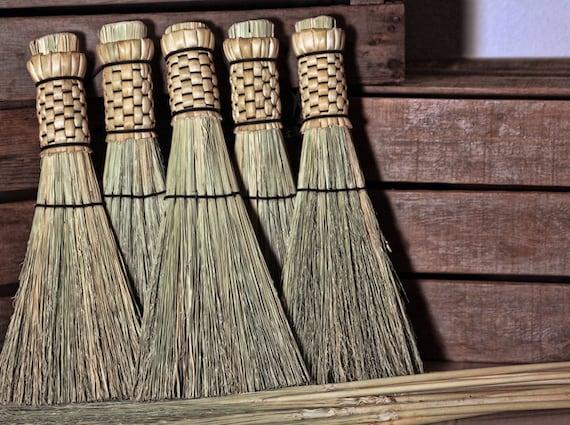 Woven Shaker Whisk Broom