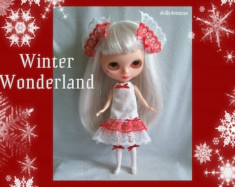 WINTER WONDERLAND Christmas Dress Socks and Hair Bows handmade for Blythe dolls  - by dolls4emma