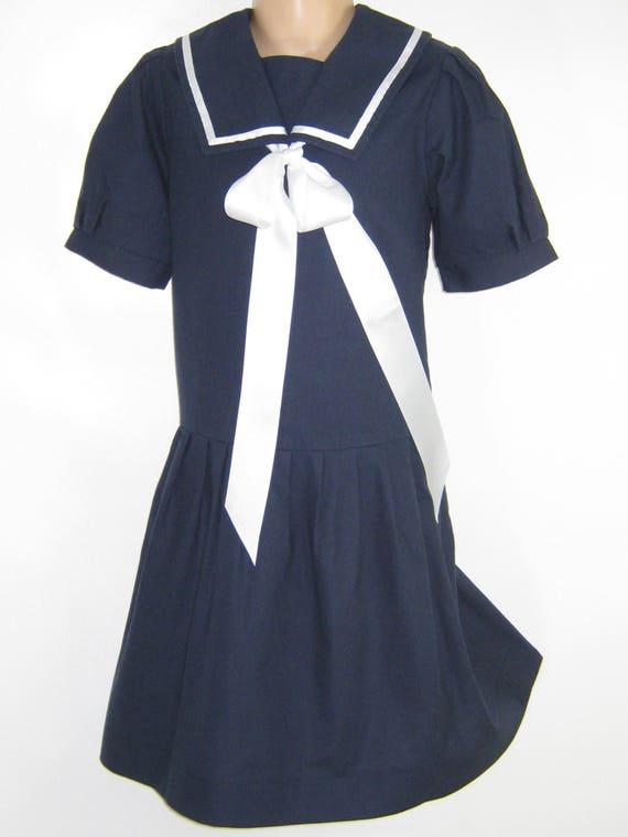 "LAURA ASHLEY Vintage ""Mother&Child"" Label Navy Ed… - image 3"