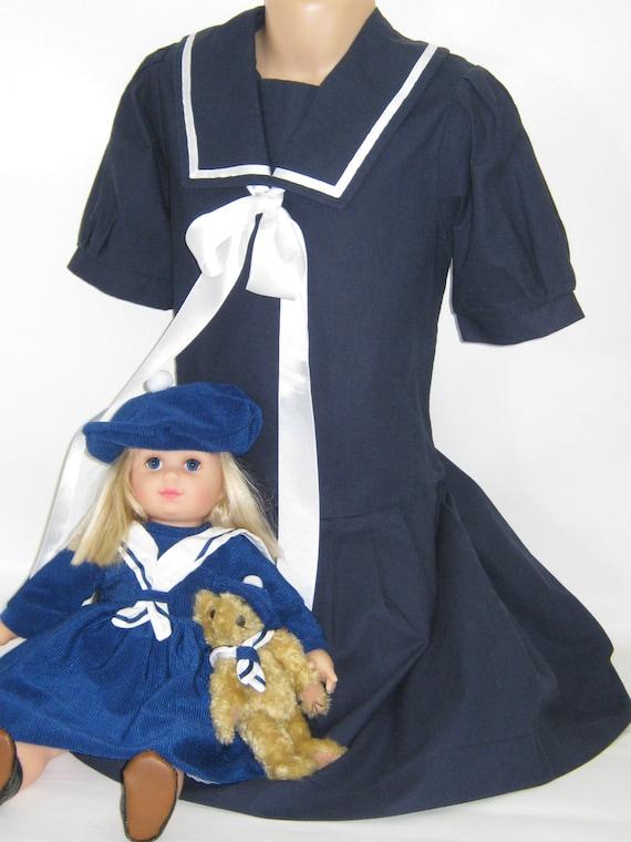 "LAURA ASHLEY Vintage ""Mother&Child"" Label Navy Ed… - image 8"
