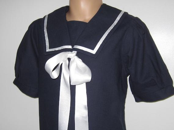 "LAURA ASHLEY Vintage ""Mother&Child"" Label Navy Ed… - image 4"