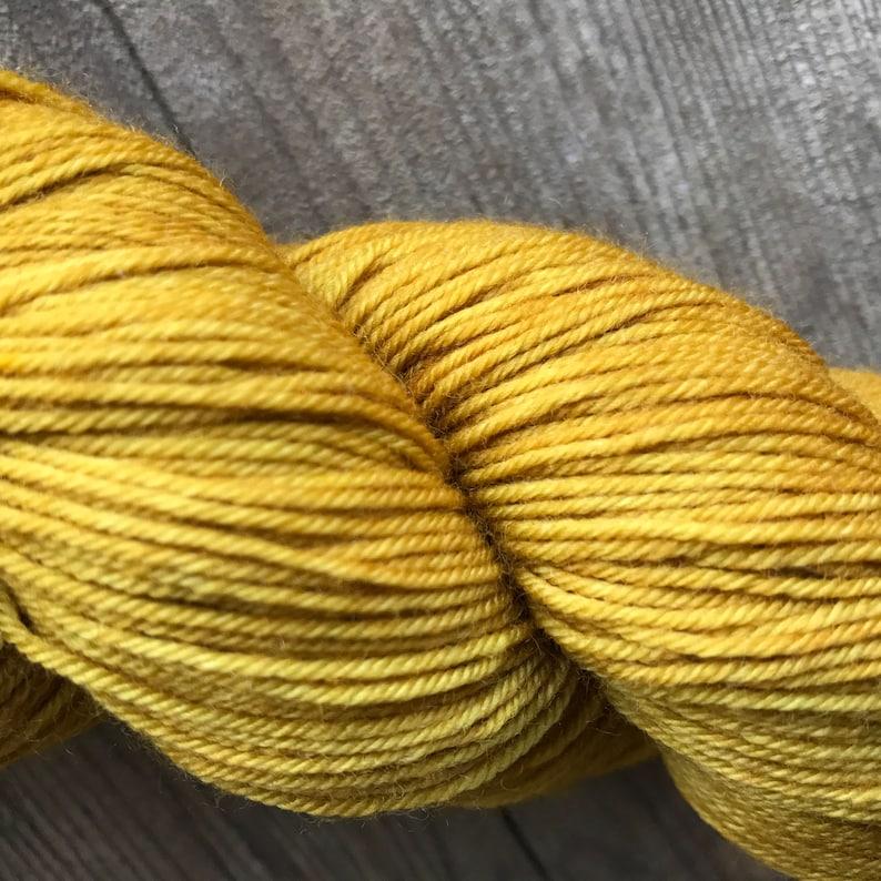 Vineyard Colorway Hand-dyed Yarn Indie-dyed Yarn Merino Wool Yarn Hand-painted Yarn