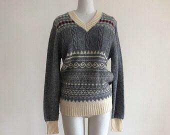 Grey V-Neck Fairisle Pullover Sweater - 1970s