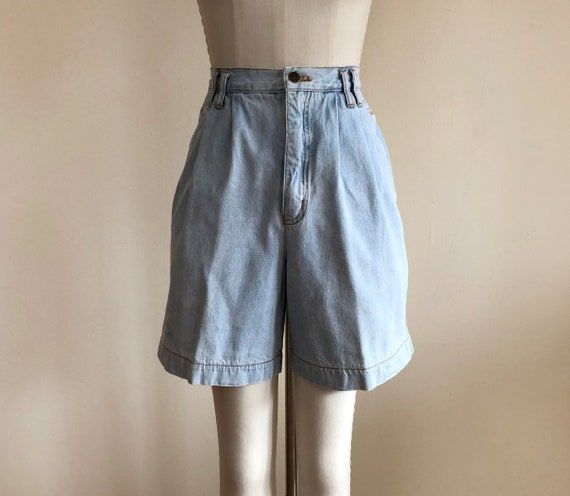 Light Blue Pleated Denim Shorts - 1980s