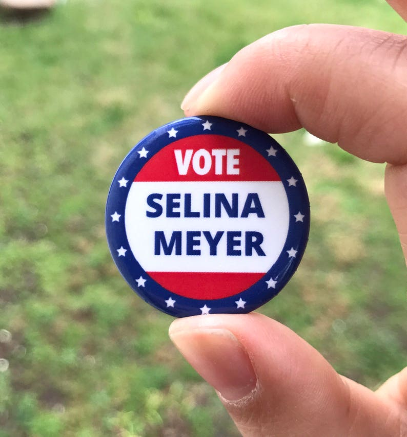 67a1e0b9750b7 New Vote Selina Meyer HBO Veep Button   Pin