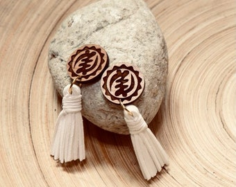 White Short Adinkra Tassels // Afrocentric // Natural Wood // African and Caribbean Inspired Jewelry