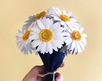White Daisy Bouquet   First Anniversary Gift   Paper Flowers