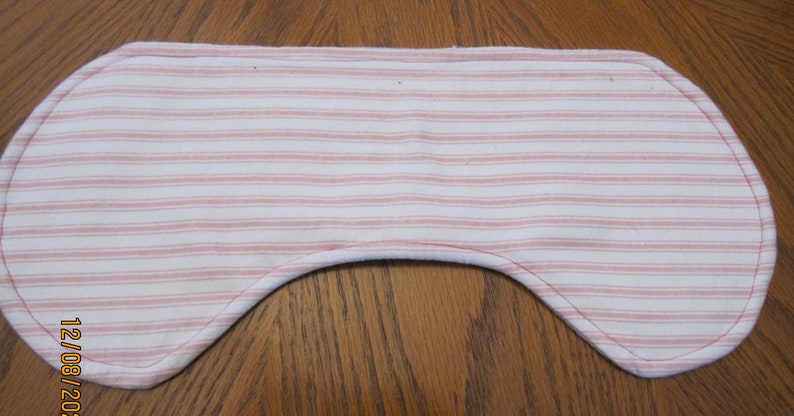 Baby girl contoured burp cloth