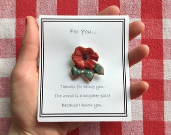 Small Poppy Pin - Veteran's Day, Armstice - Red