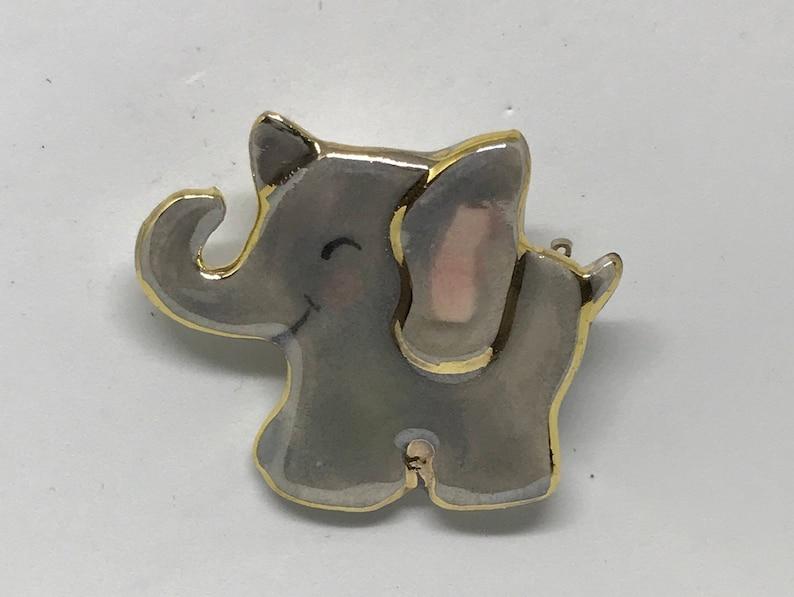 Happy Little Elephant Cutie Pin