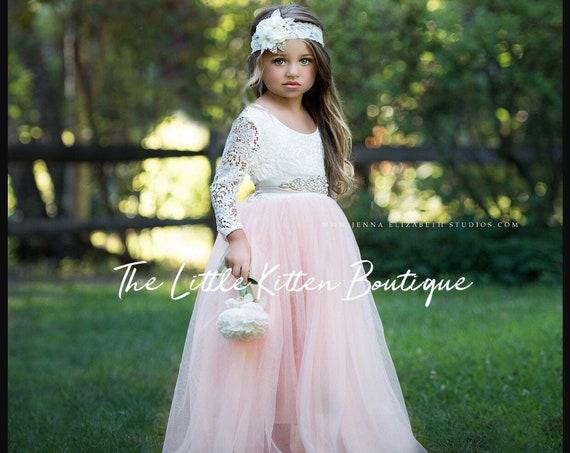 Girls holiday dress, Girls Christmas DRess, Girls Photo Shoot DRess, Flower Girl Dress, Tulle Flower Girl Dress, Lace flower girl dress