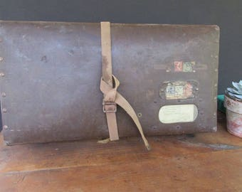 Rustic Suitcase Wedding Card Holder Reception Decor Seating Chart Holder Wedding Prop Brown Leather Like