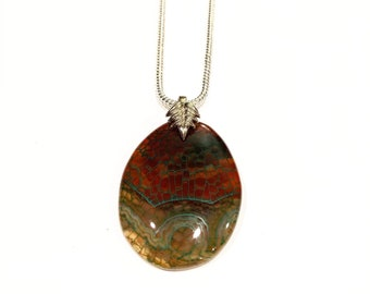 4c809915a7b5 Green Jacinth Fire Agate Pendant Necklace 22