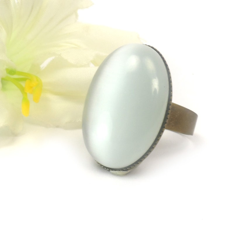 White Cats Eye Adjustable Ring Large Oval Fashion Ring Gifts image 0