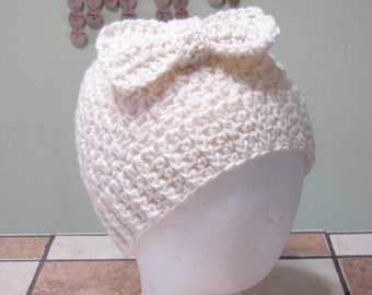 Cream Color Messy Bun Hat With A Bow