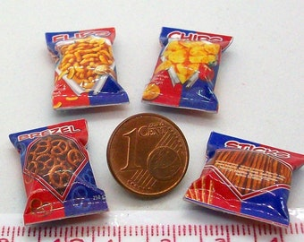 6013# 4 miniature packs with nibbles - Doll house miniature scale 1/12