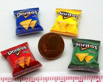 6018# 4 miniature packs with chips - Doll house miniature scale 1/12