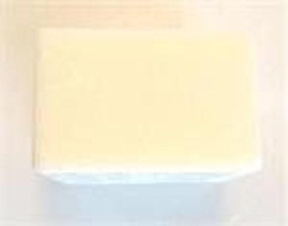 Lait de chèvre faire fondre et verser à Base de savon SLS libre