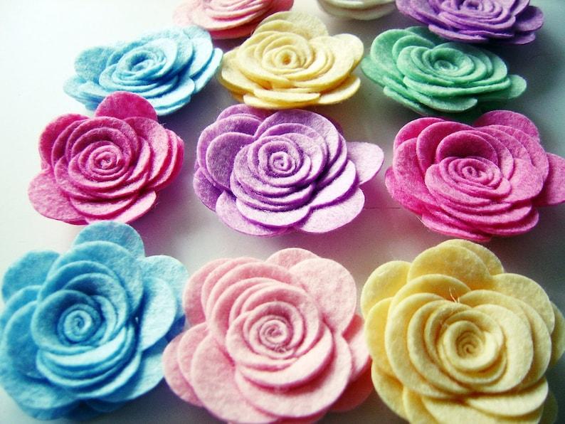 e7f030b25dd2 Flores tamaño grande 10 piezas fieltro rosa rosas colores