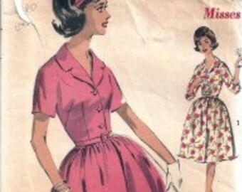 Free Shipping OOP Vintage Advance Dress Pattern Size 12 Pattern #2946