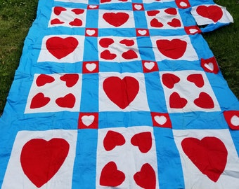 Vintage Material Hearts Blanket Stitch Quilt Top UNFINISHED Work In Progress Red Whit and Blue