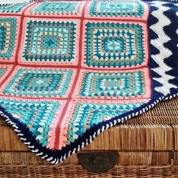 BLANKET PATTERN CROCHET/popular crochet pattern/crochet baby gift/beach blanket/granny square crochet blanket/modern crochet chevron motif
