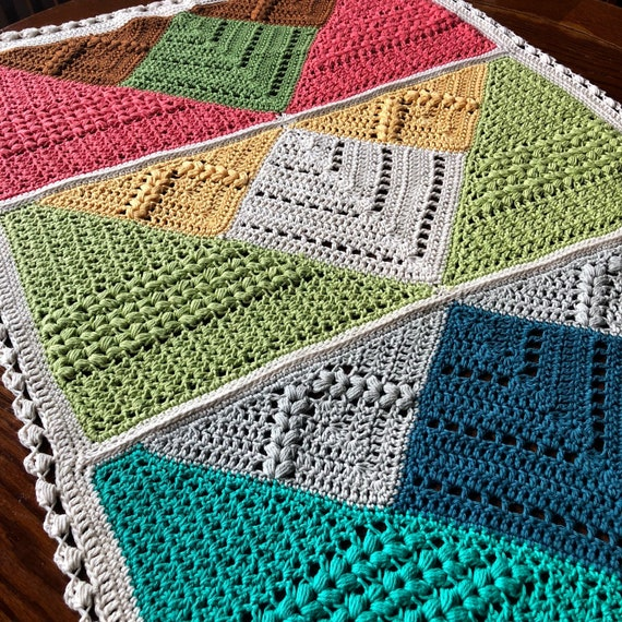 Ready to Ship handmade crochet blanket/baby blanket/newborn gift/modern handmade/perfect popular gift toddler/baby shower