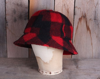 093b5c3ac61a4 Vintage Buffalo Plaid Wool Hunting Hat Bucket Gilligan Cap Hat Men s Medium  Women s Large Plaid Lined