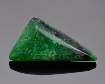 SALE! Vibrant Green Zoisite Stone from Tanzania, 28.22 cts., 37x19 mm., Triangle Cabochon