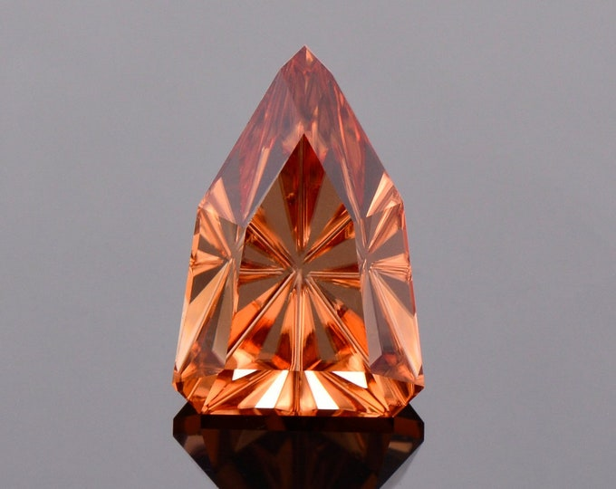 Exquisite Peach Zircon Gemstone from Tanzania, 10.61 cts., 15 x 10 mm., Fantasy Cut Arrowhead Shape