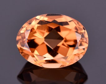 Stunning Bright Orange Topaz Gemstone from Mexico, 4.71 cts., 11x8 mm., Oval Cut