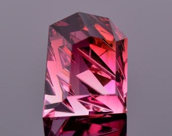 Gorgeous Fantasy Cut Rubellite Tourmaline Gemstone, 7.35 cts., 12.0x9.7 mm., Ordered Chaos Cut