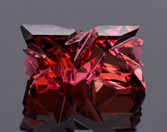 Excellent Fantasy Cut Rubellite Tourmaline Gemstone, 10.86 cts., 17.9x9.4 mm., Ordered Chaos Cut