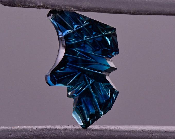 Gorgeous Fantasy Cut Twilight Blue Sapphire Gemstone from Australia, 3.56 cts., 15x9 mm., Freeform Shape