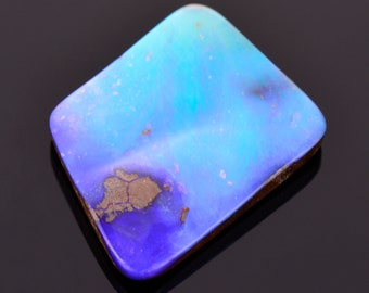 Lovely Blue Purple Boulder Opal Cabochon from Australia, 15.06 cts., 23x18 mm., Freeform Cabochon