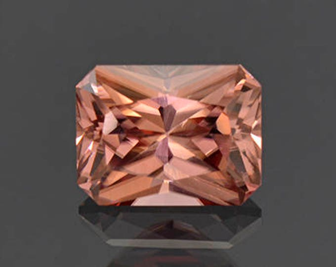 Excellent Pink Champagne Zircon Gemstone from Tanzania 4.00 cts.