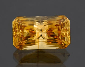 SALE! Stunning Golden Yellow Danburite Gemstone from Madagascar 8.47 cts.