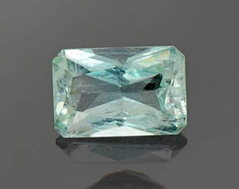 SALE! Beautiful Mint Green Emerald Gemstone from Colombia 0.97 cts.