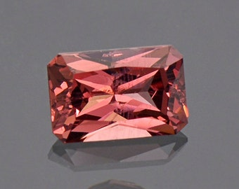 SALE! Beautiful Silvery Pink Spinel Gemstone from Sri Lanka 1.06 cts.