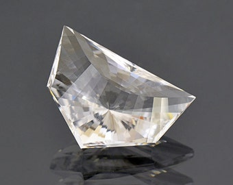 Scintillating White Quartz Gemstone from Brazil 14.50 cts.