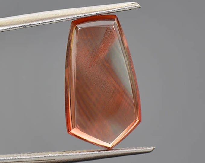 Excellent Red Sunstone Pendulum Cabochon with Copper Shiller 5.06 cts.