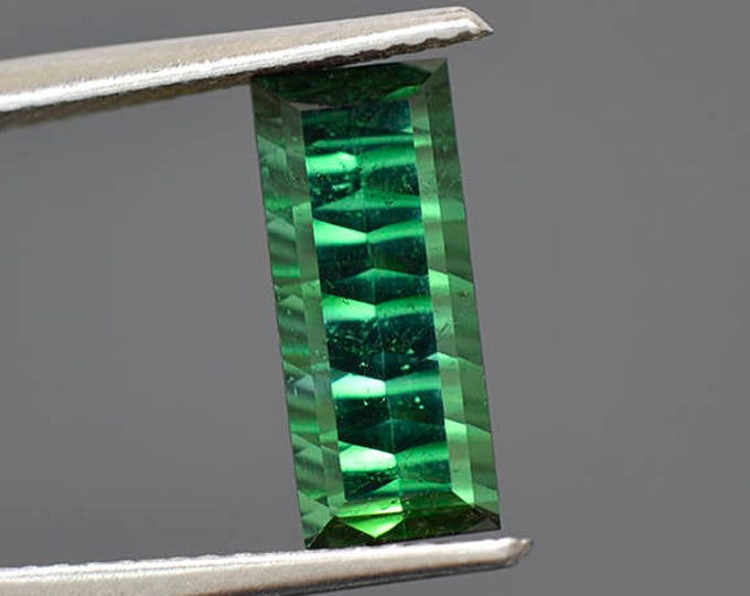 Stunning Green Tourmaline Gemstone from Brazil 2.03 cts.