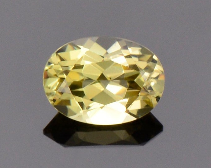 Beautiful Yellow Grandite Garnet Gemstone from Mali, 1.02 cts., 7 x 5 mm., Oval Shape