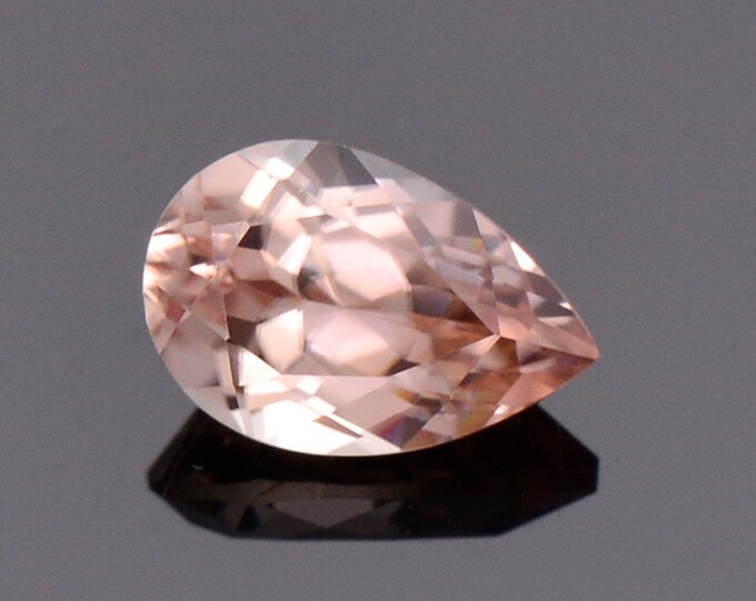 Stunning Champagne Pink Zircon Gemstone from Tanzania, 1.40 cts., 7.8 x 5.2 mm., Pear Shape