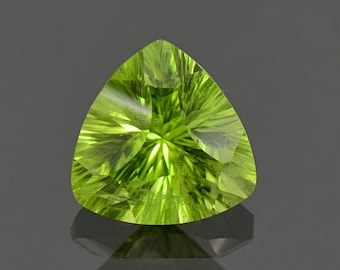 SALE! Beautiful Lime Green Peridot Gemstone from Pakistan 3.40 cts.