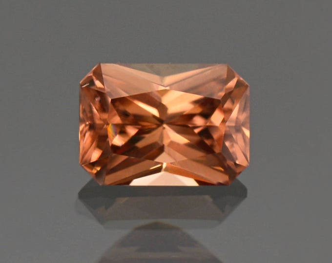 Stunning Peach Bellini Zircon Gemstone from Tanzania 2.20 cts.